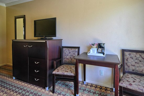 Silver Surf Motel: 2 Double Bed