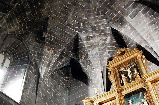 Convento de Santo Domingo: Capilla Real 1