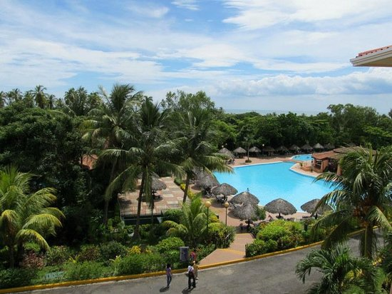 Barcelo Montelimar Beach: Nice pool