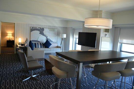 Manchester Grand Hyatt San Diego : Parlor/Family Room