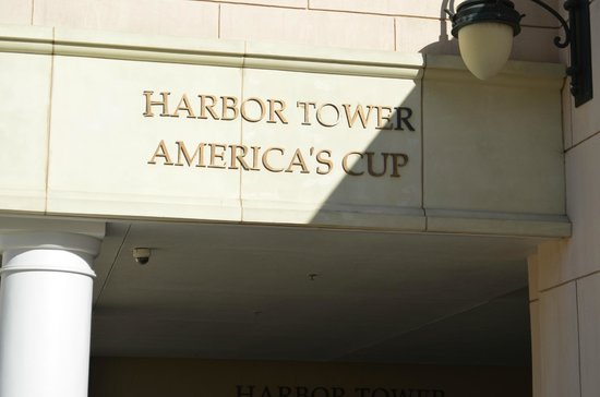 Manchester Grand Hyatt San Diego: We were in the Harbor Tower