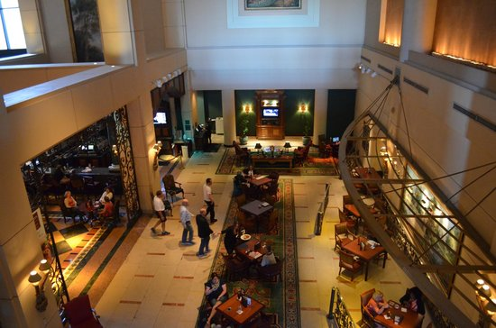 Manchester Grand Hyatt San Diego : Bar Off Lobby