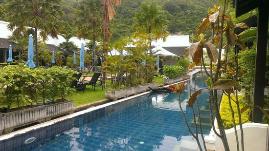 Access Resort & Villas : From our blue wing room