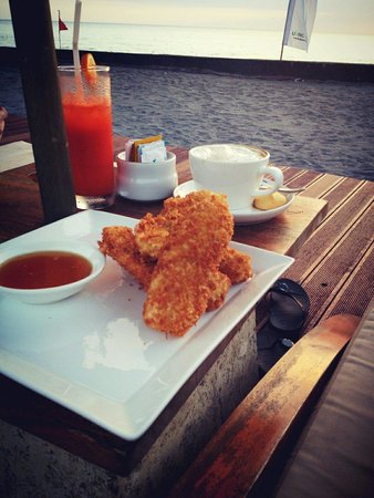 Living Asia Resort and Spa Lombok: Banana Fritter, Coffee & Healthy Juice