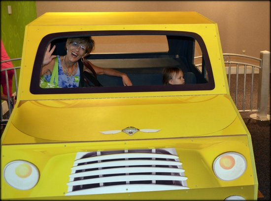 The Magic House: aunties in the car!