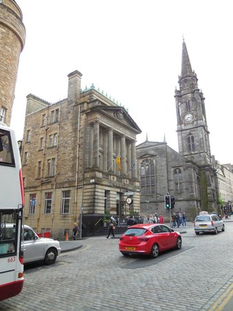 The Inn on the Mile: The Inn viewed from the Royal Mile