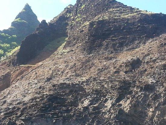 Kalalau Trail: crawlers ledge 6/10/14 couple