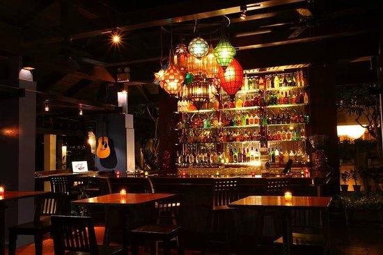 Burasari Resort: Misty bar