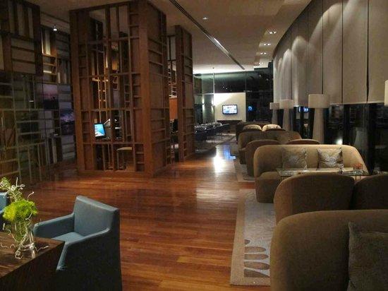 Sheraton Nha Trang Hotel and Spa: club lounge 1