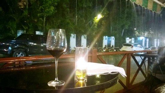 Wine Cellar Pattaya : Wine outdoor
