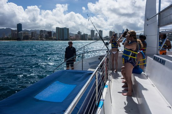 Sail Makani : Getting ready to snorkel with the turtles.