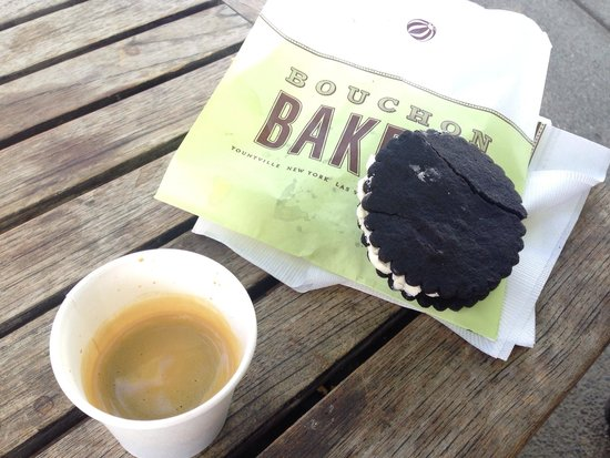 Bouchon Bakery: Chocolate cookie and an espresso.