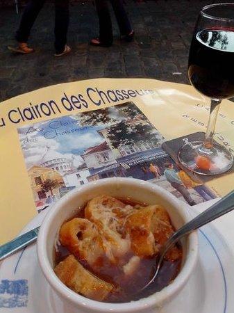 Au Clairon des Chasseurs : sopa de cebola