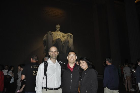 DC Insider Tours: Bo took every photo we requested