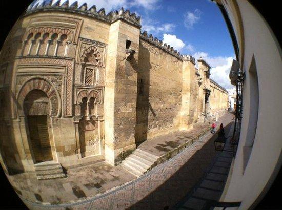 Hotel Mezquita: Photo from balcony of hotel