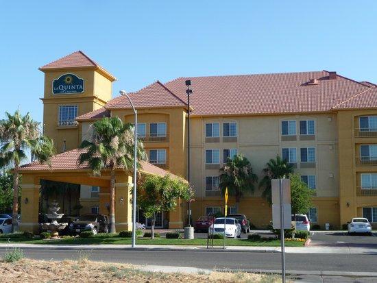 La Quinta Inn & Suites Fresno Riverpark: exterior