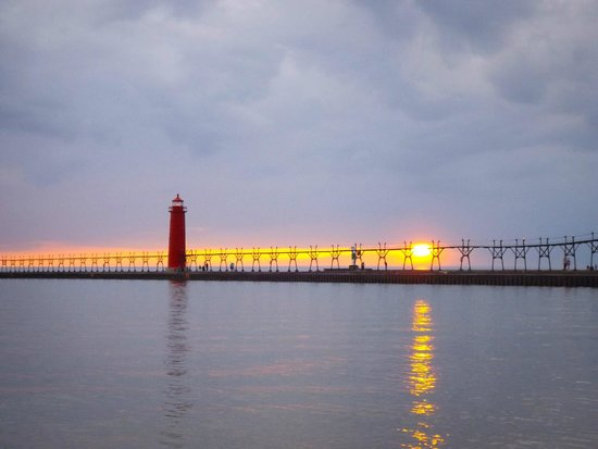 Grand Haven Lighthouse and Pier : Pier/light house/sunset