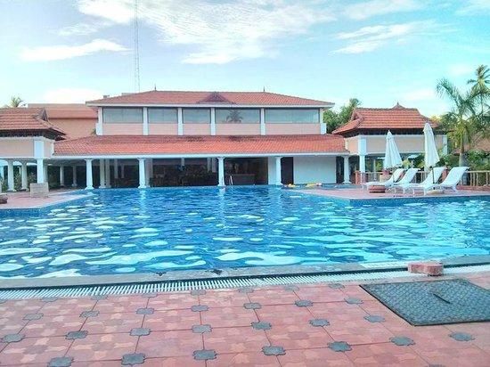 Swimming Pool Foto Di Club Mahindra Poovar Puvar Tripadvisor
