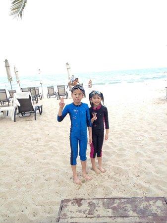 Veranda Resort and Spa Hua Hin Cha Am - MGallery Collection : clean beach