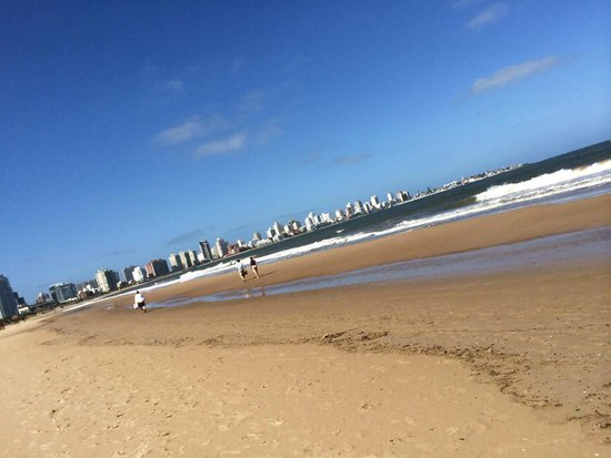 Playa Mansa: View to Punta del Este