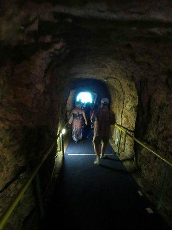 Melissani Cave: het pad naar melissani