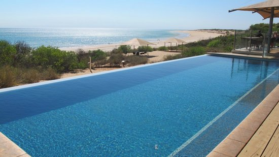 Ramada Eco Beach Resort: Pool And Beach-Blue and more blue!