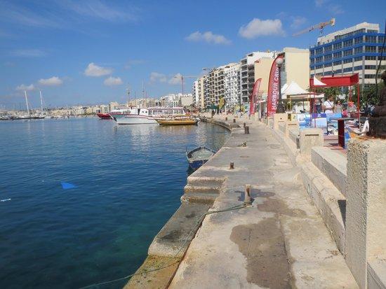 Preluna Hotel & Spa: Sliema waterfront