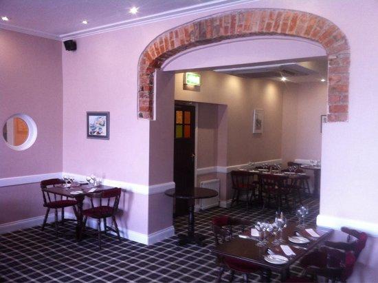 Aldos: Dining room