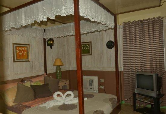 The Boac Hotel: room @ 3rd floor