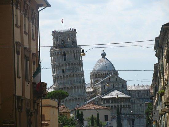 La tour de Pise (Campanile) : Пизанская башня