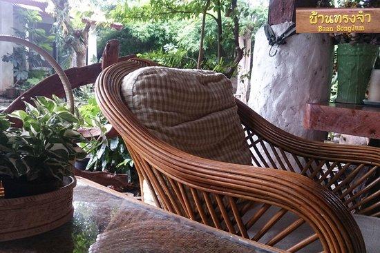 Baan SongJum Wat Ket: ที่พักและบริเวณโดยรอบ : Homestay & Surrounding area