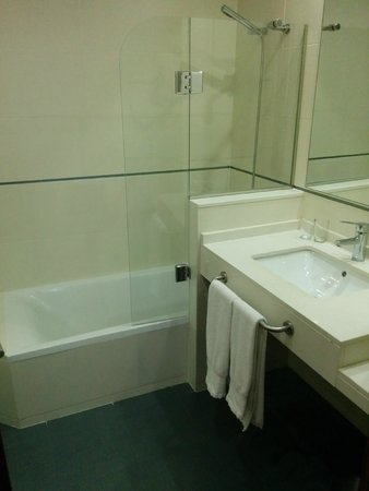 Hotel Monjas del Carmen: Baño