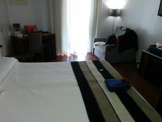 Hotel Monjas del Carmen : Habitación