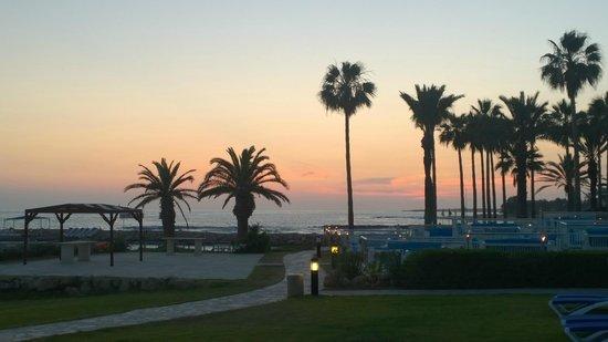 SENTIDO Cypria Bay: sunsets