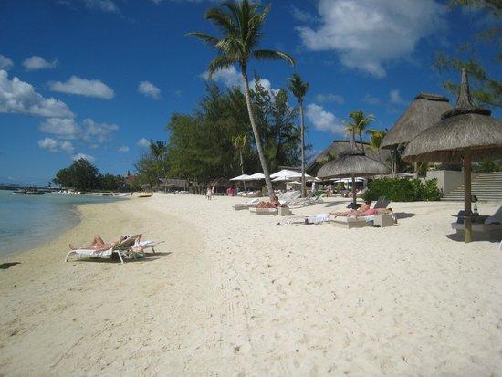 Ambre Resort & Spa : Beach