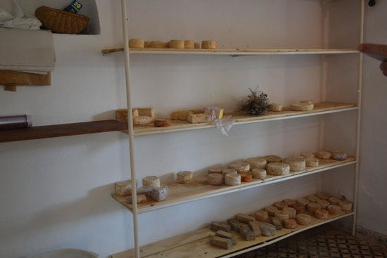 la fromagerie : cheese selection