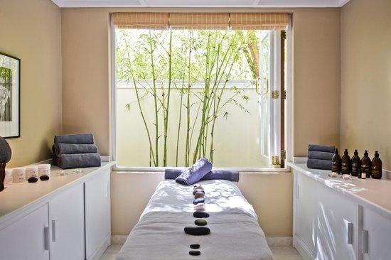 Rosenhof Country House: Massage Room
