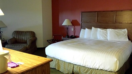 AmericInn Lodge & Suites Rapid City: Bed 1 in the Family Suite (rm 227)