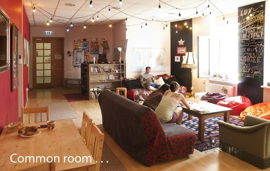 Cinnamon Sally Backpackers Hostel: Common Room