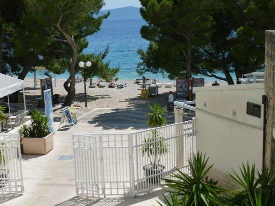 Bluesun Hotel Alga: The promenade & beach area at the back of the hotel