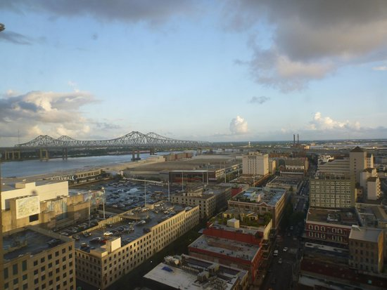 Loews New Orleans Hotel: view from Loews
