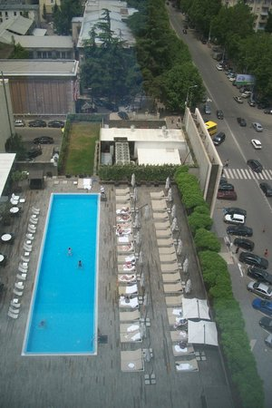Holiday Inn Tbilisi: view on the pool from the 15th floor