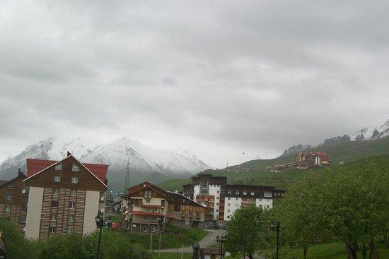 Marco Polo Hotel Gudauri: view nearby