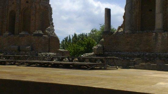 Greek Amphitheater : Il Teatro