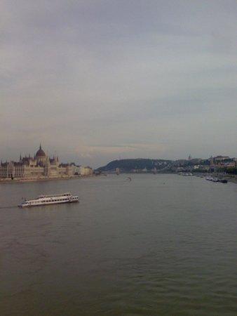 Parlement : Parliament Building View from Margit Bridge