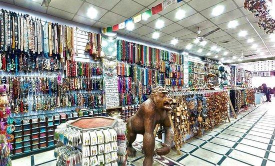 Hotel Hari Piorko: Souvenir Artificial Jewelry Shop Adjoin