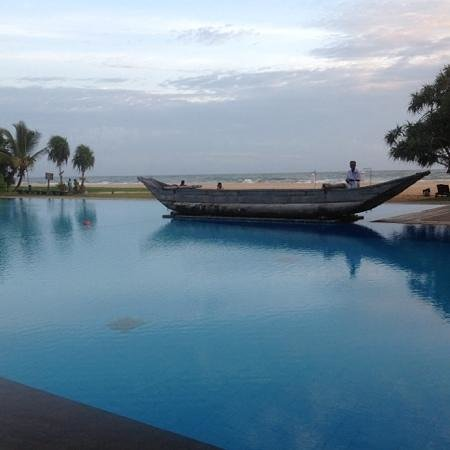 Heritance Ahungalla : view from the pool bar