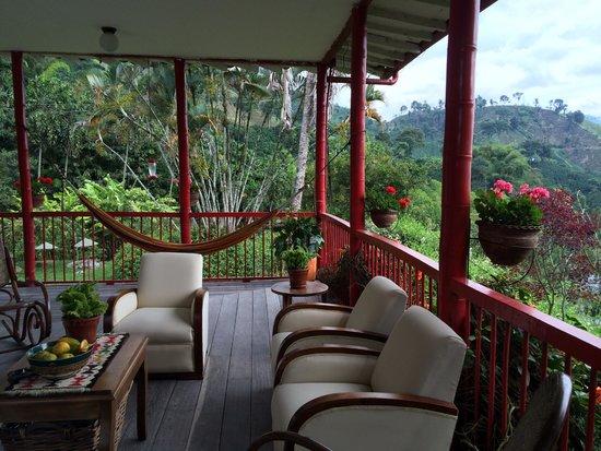 Hacienda Venecia Coffee Farm: Das Wohnzimmer in denen die Gäste relaxen können