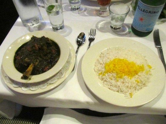Maykadeh : Shank and saffron-seasoned rice