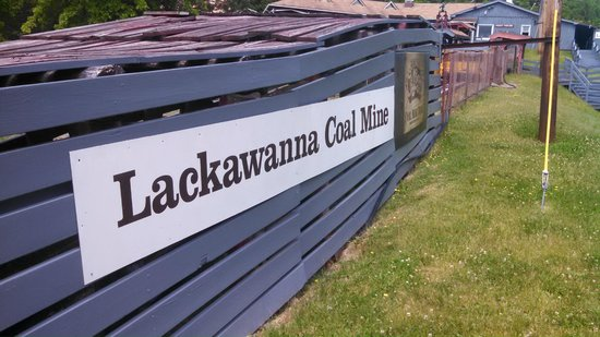 Lackawanna Coal Mine Tour: Mine shaft entrence shelter
